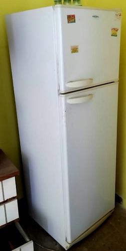 Heladera Marshall Con Freezer