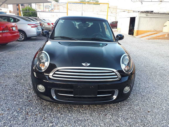 Mini Cooper All Black 2013 1.6 L.