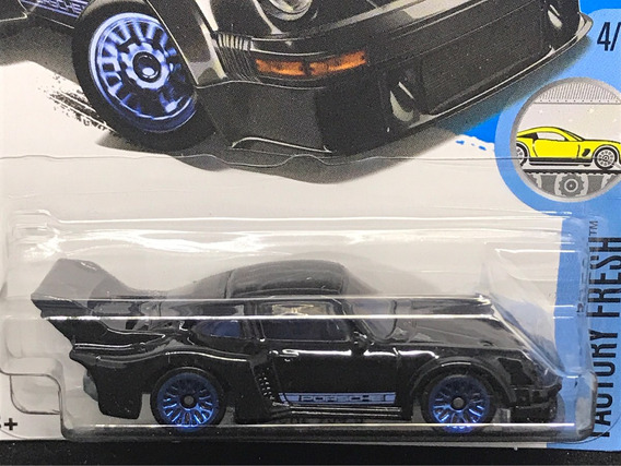 Hot Wheels Porsche 934.5 - Preto - 2016