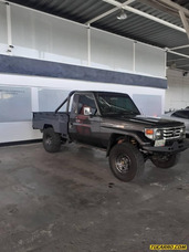 Toyota Macho Pick-up 4x4