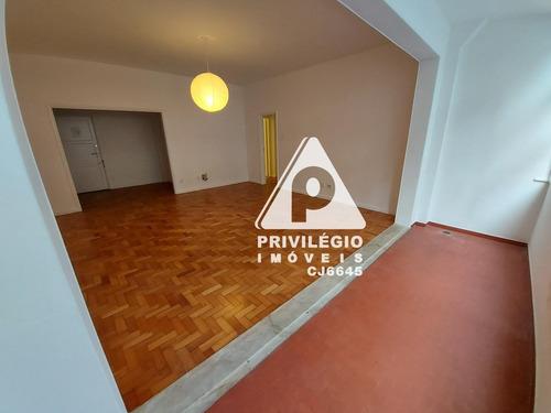 Apartamento À Venda, 3 Quartos, 1 Vaga, Lagoa - Rio De Janeiro/rj - 28246