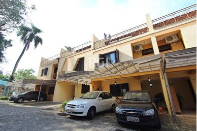 Casa Condomínio Em Teresópolis Com 3 Dormitórios - Bt7226