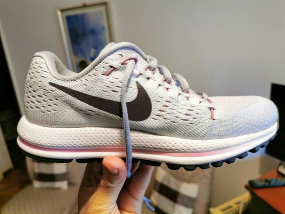 Zapatilla Nike Zoom Vomero 12 Mujer Talle 35 Belgrano