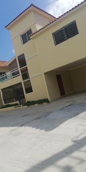 Alquiler Casa 2 Niveles