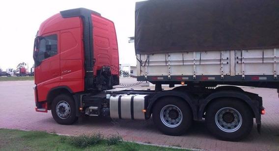 Volvo Fh540 Globetrotter 2015, Cor: Vermelho Bi Trem