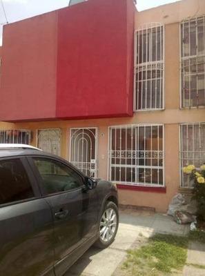 En Venta Casa Recién Remodelada En Héroes I Santa María Totoltepec