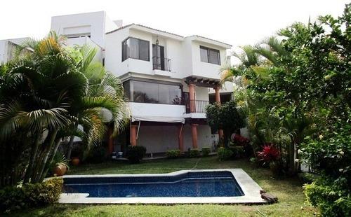 B2816. Hermosa Casa En Fracc Los Cizos