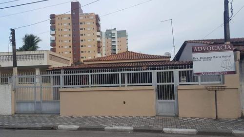 Imagem 1 de 14 de Casa 3 Quartos,2 Suíte,4 Vaga Na Garagem,varanda,piscina.