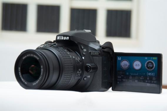 Nikon D5300 + Lente 18-55