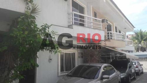 Casa Em Condomínio-à Venda-praça Seca-rio De Janeiro - Vvcn20017