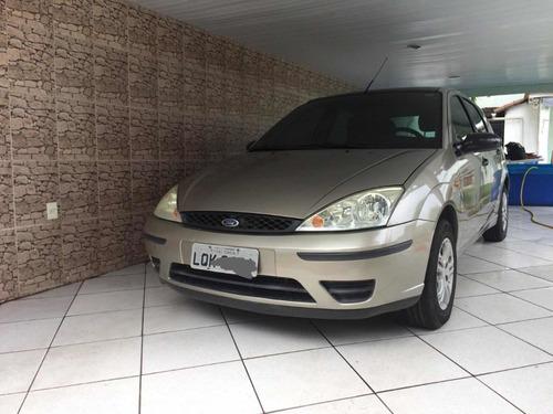 Imagem 1 de 8 de Ford Focus 2004 1.6 Glx 5p