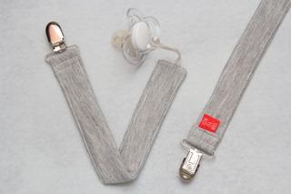 Portachupetes Estampados De Tela Combo X 3 Unidades.
