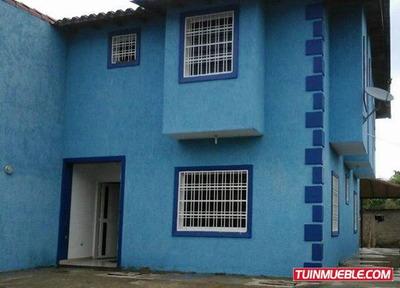 Townhouses En La Urb. Paso Real, S. J. Edo Guarico