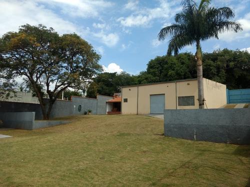 Imagem 1 de 13 de Chácara Com Barracão No Condomínio Residencial Aquarius.