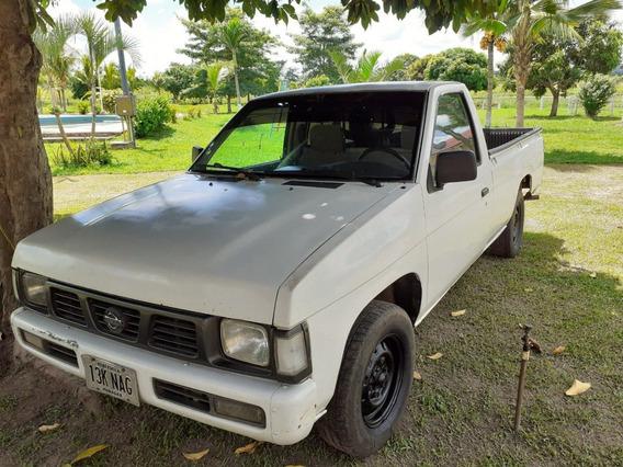 Camioneta Nissan D21 4x2