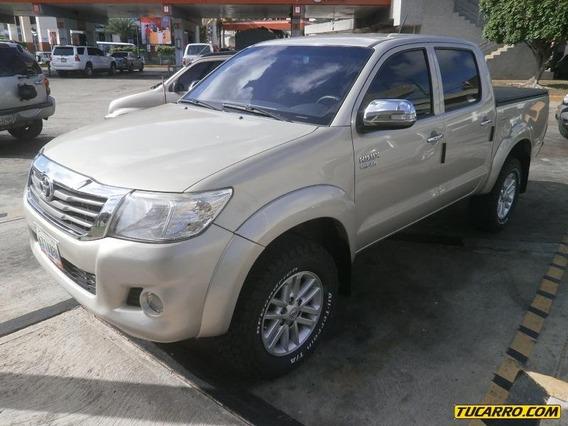 Toyota Hilux Kavak 4x4 - Automático