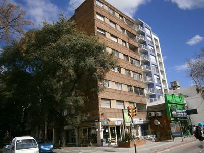 Apartamento 3 Dormitorio $22200 + 3800 G/c - Prox Av Rivera