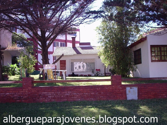 Gesell Playa Economico Habitacion Hostel Jovenes Pension