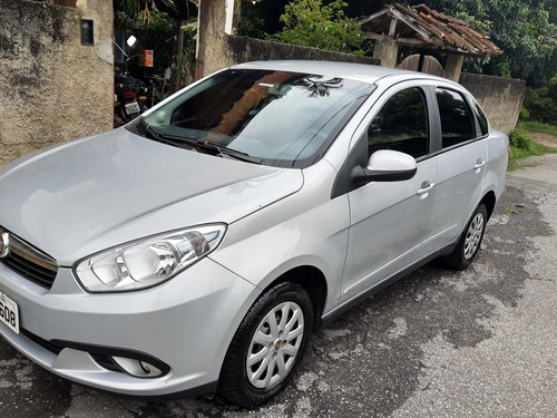 Imagem 1 de 5 de Fiat Gran Siena