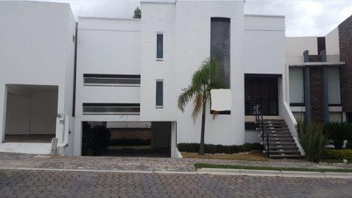 Casa En Renta Amplia En Lomas De Angelopolis 1