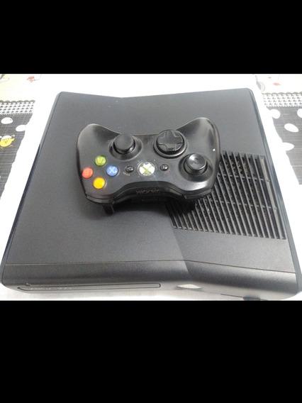 Vendo Xbox Para Desmontar . Obs Ele Fica Só Na Luz Vermelha
