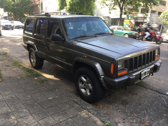 Jeep Cherokee 4.0 Classic At