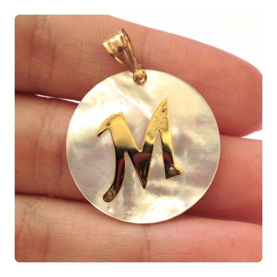 Pingente Feminino Madrepérola E Letra De Ouro 18k 750 Luxo