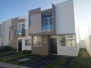 Renta Casa En Los Nísperos - 1615001061