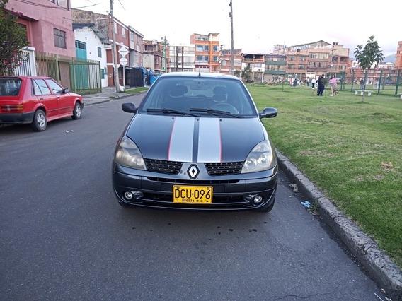 Renault Clio Clio Exprecion 2010
