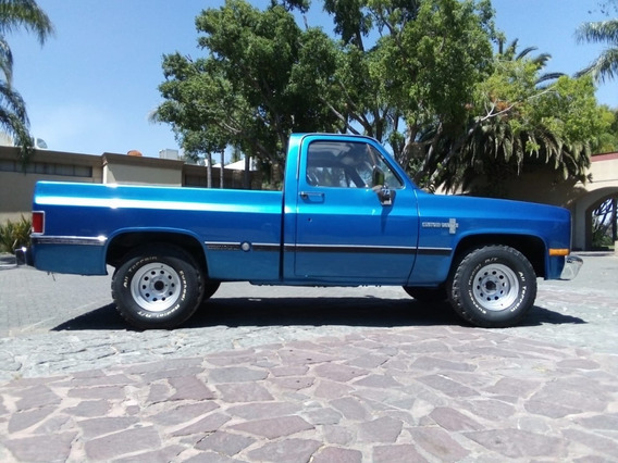 Chevrolet Custom Deluxe 1986 Chevrolet Pick Up Cheyenne V6