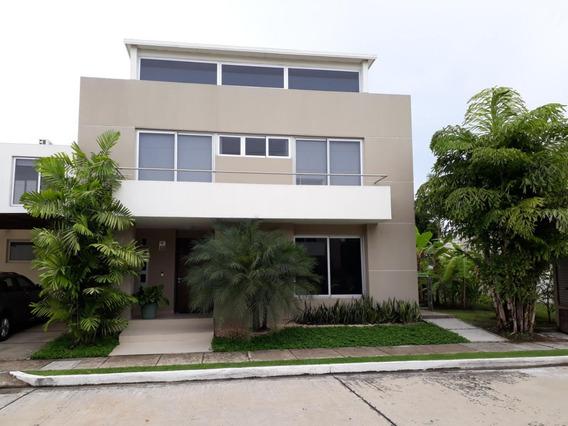 Venta De Casa En Costa Sur 18-6429hel