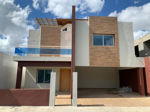En Aut. San Isidro Con 5 Dormitorios.