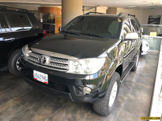 Toyota Fortuner Blindada Nivel 3