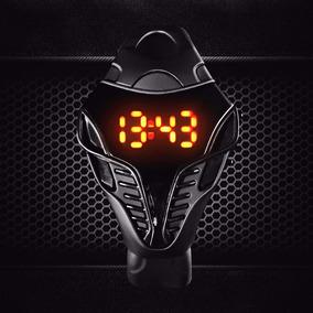 Relógio De Pulso Silicone - Astronauta - A Prova D