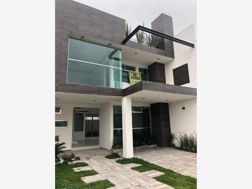 Imagen 1 de 12 de Casa Sola En Venta **casa En Privada Al Sur De Pachuca