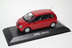 Miniatura Opel Meriva Escala 1/43 Minichamps