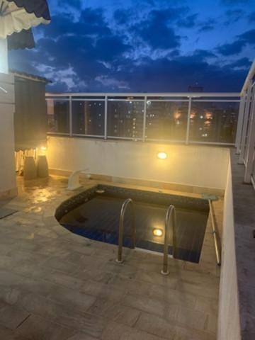 Cobertura Com 3 Dormitórios À Venda, 180 M²  - Icaraí - Niterói/rj - Co0389