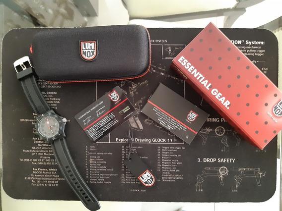 Relógio Luminox Black Ops Mod 8802
