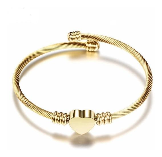 Bracelete Coração De Aço Torcido Banhado A Ouro