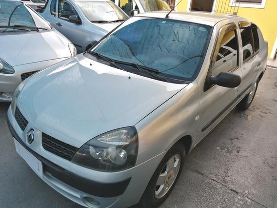 Renault Clio Sedan 1.6 Privilege 2003
