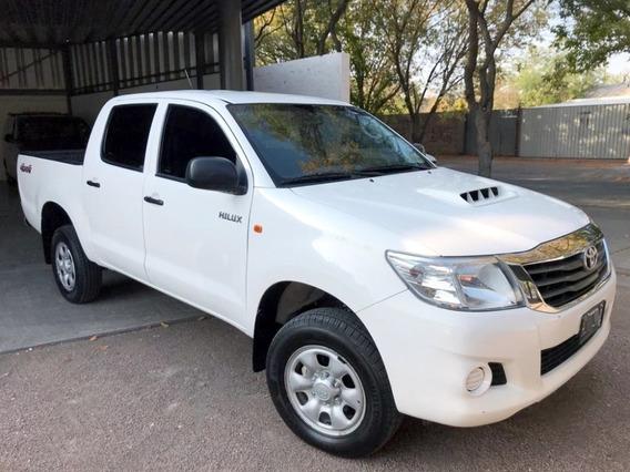 Toyota Hilux 2.5 Cd 4x2 Mt 2015 90000 Km