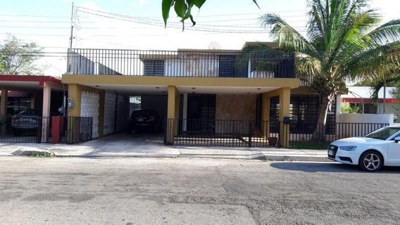 Casa En Venta Cerca De Paseo Montejo, Merida