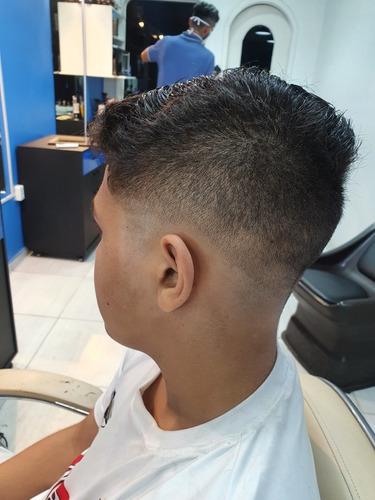 Barbeiro,cabelo,bárba E Bigode