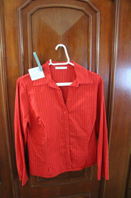 = Roupa Lote 625 Mulher Camisa Social Gregory Vermelha Listr