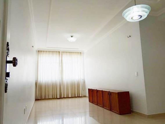 Apartamento 3 Quartos, A Poucos Metros Do Super Lagoa - Luci