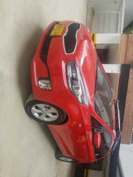 Kia Carens Suv Motor 2.0 2016 Aut.