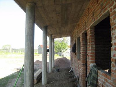 Casa Perfectamente Ubicada Cerca De Punta Del Este Y Mdeo.