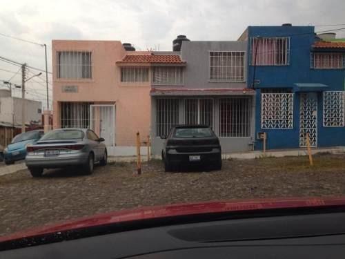 Fracc Los Sabino, 2 Recamaras, 2 Niveles, Protecciones, Terreno 70 M2, Ganala !!