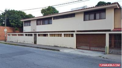Casa En Venta Rent A House Codigo. 18-7045