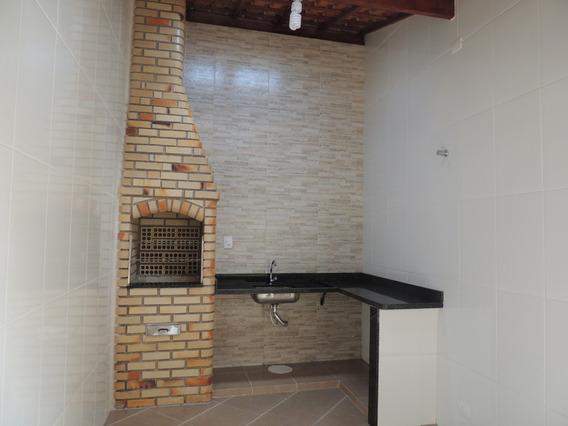 Casa Com 2 Quartos À Venda Por R$ 198.000,00